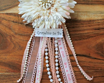 Grandma to be pin/ baby shower pin/ grandma to be corsage pin/ rustic/ vintage/ white/ pink/ its a girl/ gold/ abuela to be