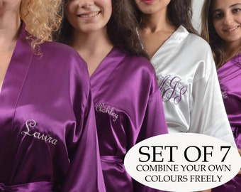 Set of 7 bridesmaid robe for brital party. Personalized Bridesmaid robe Set of 7. Embroidered Satin robe. Robe for bridesmaid.