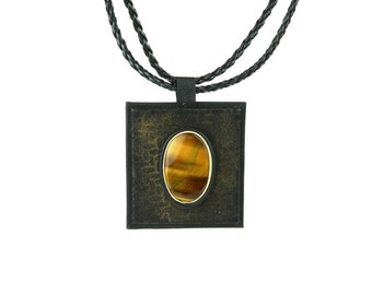 Leather Pendant with Tiger Eye Gem   Adjustable Necklace   Gemstones and Leather   Tigers Eye  