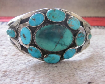 Marvelous Native American Single-Cluster Cuff