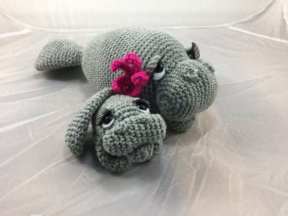 Amigurumi Manatee Pattern : Mama and Baby Manatee crochet tutorial teddy bear of the sea