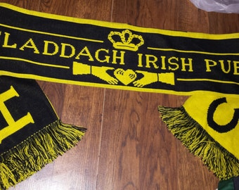 Vintage 1990s CLADDAGH Irish Pub SCARF winter scarves