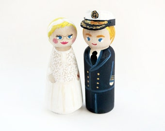 cake subjects navy military wedding - Couple Cake Topper wood - wedding cake figurines - Todo customize