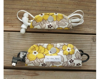 Ear buds & charger holders - Flowers yellow