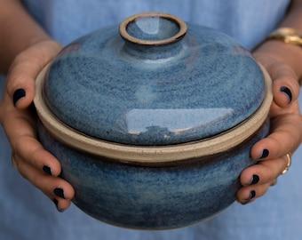 Ceramic Casserole Dish, Blue Baking Dish, Lidded Ceramic Pot, Stews Dish, One-Pot Meals, Serving Dish, Housewarming Gift