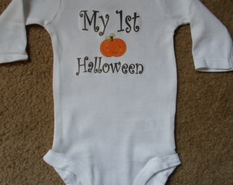 "Ready to Ship Very Soft ""My 1st Halloween"" Onesie, Baby Clothes, Shower gift, Short or Long Sleeve available, Sizes Preemie-18 Months"