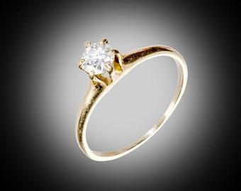 solitare .25 carat European cut diamond engagement ring size 6