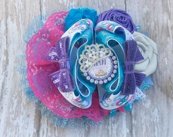 masquerade - big hair bow - princess hair bow - toddler hair bow - lace hair bow - Mardi Gras - hair bow - sequin bow - Halloween bow
