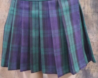 Plus Size Green, Tartan, Stewart, School Girl Plaid Skirts (OPENS / CLOSES with hook and loop fasteners strip)