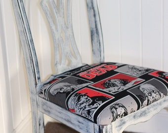 The Walking Dead shabby Chic sitting chair