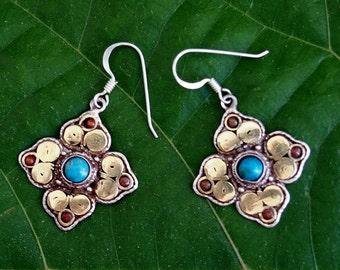 Beautiful Vintage Balinese Sterling Silver Dangle Earrings