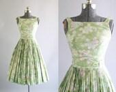 Vintage 1950s Dress / 50s Cotton Dress / Mint Green Floral Dress w/ Pleated Skirt XS