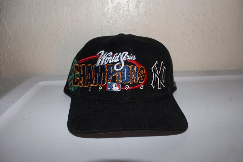 3e0a6d6b9ba Vintage 90 s New York Yankees World Series Champions Snapback by New Era