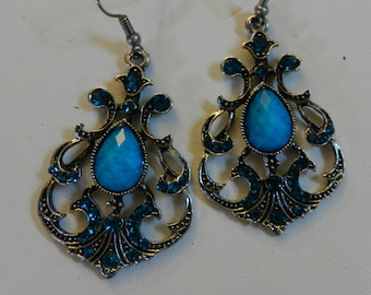 Turquoise Crystal Antique Silver earrings V1
