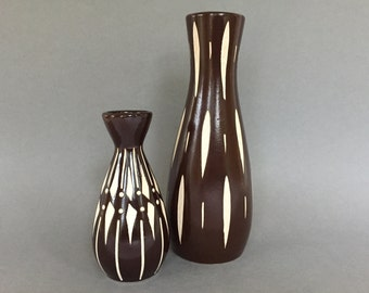Set of 2 Piesche & Reif Keramik, sgraffito technique,  Mid Century Modern vases, Veb Lausitzer East German Pottery.