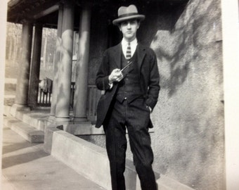 1920s Black and White real one-of-a-kind Photograph of a Man in a Suit Washington DC USA - 4.5 x 2.75 ins - Men's Fashion