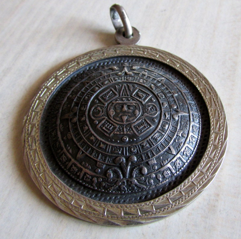 Aztec Calendar Necklace: Sterling Silver Aztec Calendar Pendant From Mexico. Plafina