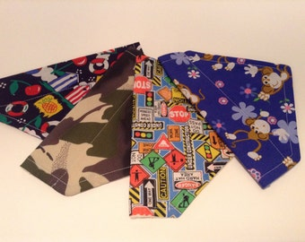 Sml/Med Dog Bandana Choice of Prints
