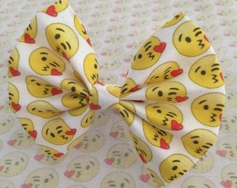 Emoji hair bows