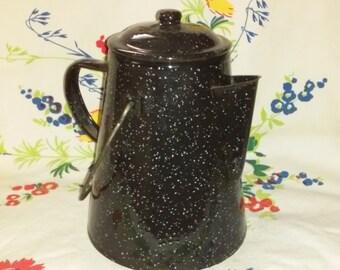 Vintage Black Enamel Coffee Pot Black Enamel White Speckled Kettle Campfire Coffee Pot Rustic Cabin Farmhouse Décor Floral Display
