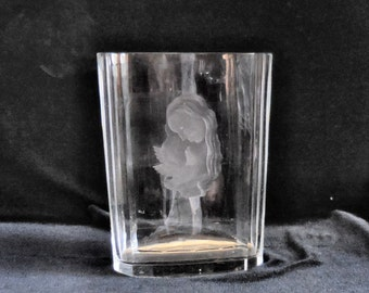 Orrefors Carved Lead Crystal Vase Madonna with a Dove