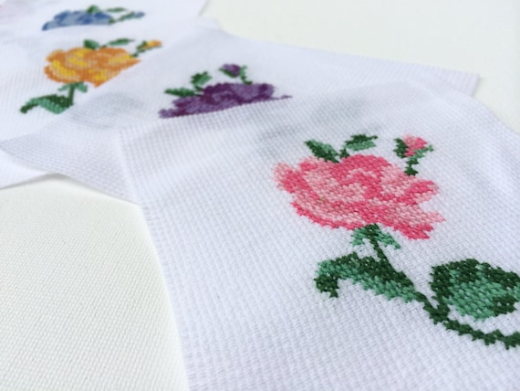 Free shipping hand embroidered patches roses cross stitch