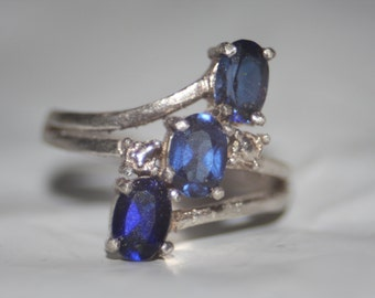 3 stone Blue Sapphire Sterling silver Ring size 7