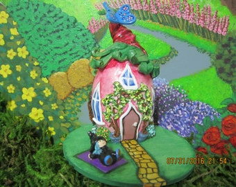 Handmade Fairy House, Pink, Witch