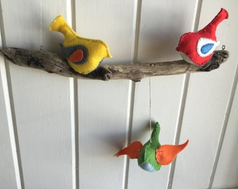 "Driftwood Ecofelt Bird Mobile ""Louis"""