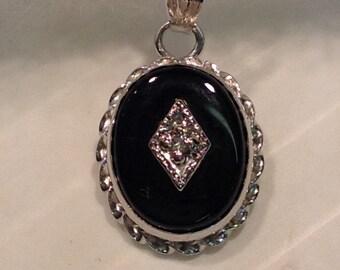 """Vintage 14k White Gold Onyx Diamond Pendant on 20"""" Box Chain"""