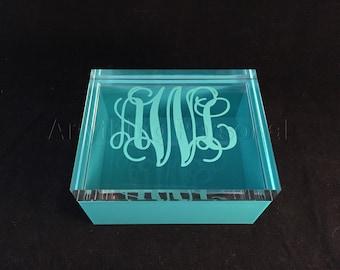 Monogrammed Acrylic Lid Box, Acrylic Jewelry Box, Trinket Box, Bridal Gift, Bridesmaid Gift, Acrylic Box, Personalized Gift, Monogrammed Box