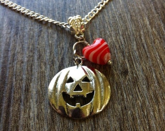 Halloween pumpkin necklace with Red or Green heart glass charm