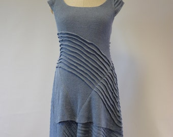 Sale, new price 89 EUR, original price 130 EUR. Beautiful feminine blue dress, L size. Handmade, only one sample.