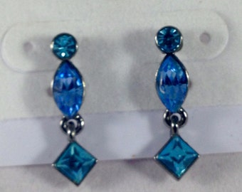 Vintage Givenchy earrings. Givenchy earrings. Austrian crystal estrings. Blue crystal. Blue austrian crystal earrings
