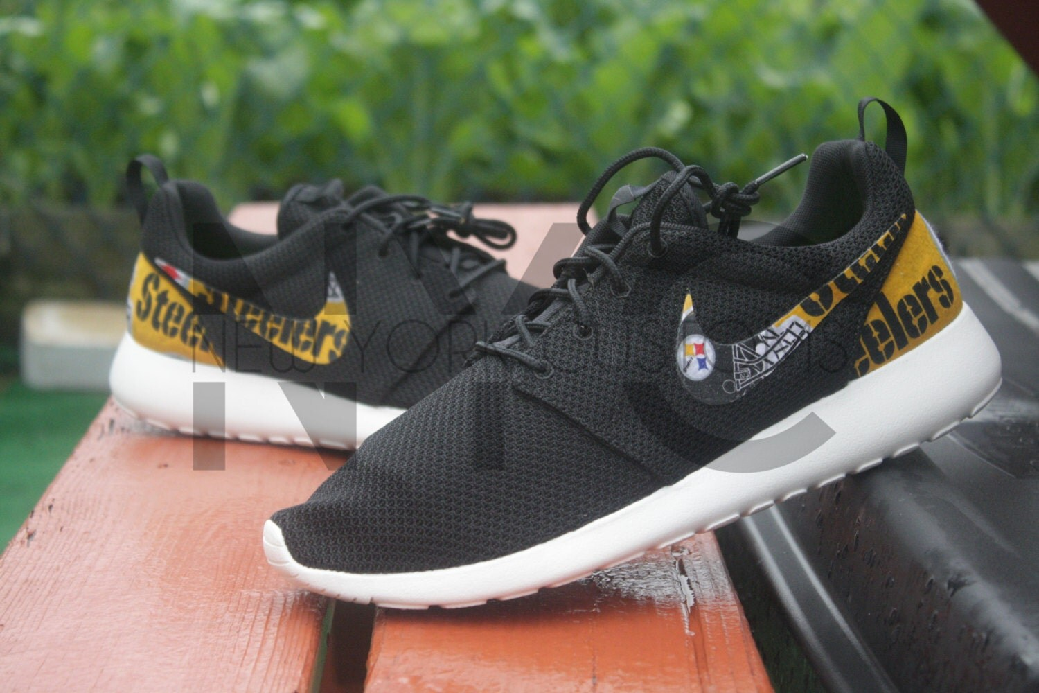 Pittsburgh Steelers Nike Roshe Run