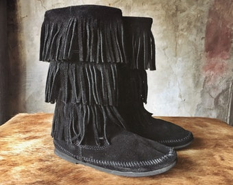 Fringe suede moccasin boots - sz. 7.5