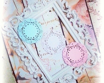 Mini French Pastry Paper Doily. 1 pack of 10pcs. Perfect for your card making, scrapbooking, cupcake toppers, and many more.