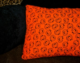 Vintage Smiling Pumpkins DIY Throw Pillow