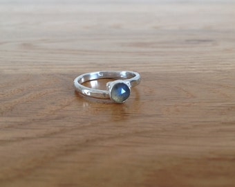 Sterling and Fine silver Rose cut Labradorite cross over ring
