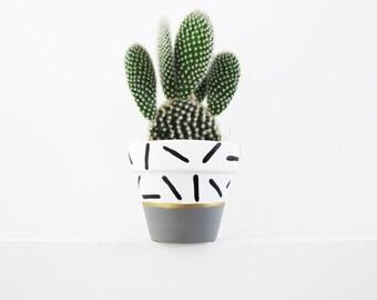 Hand Painted Grey Dash Plant Pot - 6cm