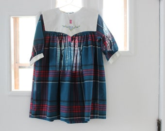 First day of school Plaid school girl dress 60s size 5 embroidered turquoise, pink, black
