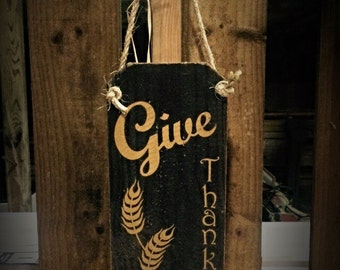 Fall decorations. Give thanks sign. Great for thanksgiving decorations! Fall decor. Autumn decor Autumn decorations rustic fall decor