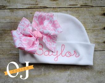 Personalized Name Newborn Hat - Infant Hospital Hat - embroidered - Newborn Hat - Newborn Hat with Bow - Girl - light pink damask