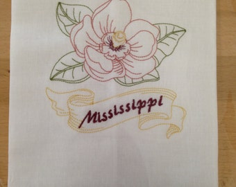 Linen Guest towel with Mississippi embroidery