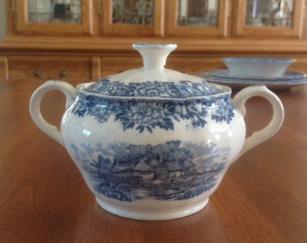 Salem China Co ENGLISH VILLAGE Covered Sugar Bowl  - Blue and White Transferware