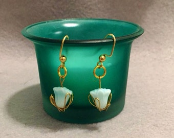 Turquois Tulip Wire Earrings