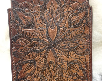Rustic style handmaded tattooed vegetable tanned leather iPhone/ipod case