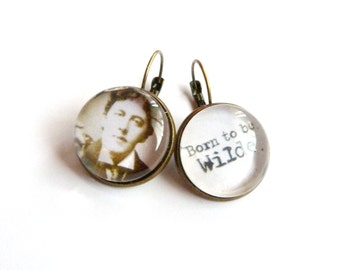 Vintage oscar wilde rhinestone iuminous glass cabochon earrings