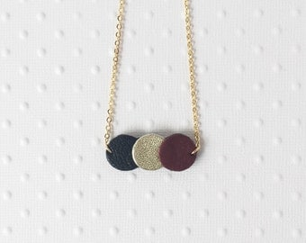 Necklace Jeanne confetti black / gold / maroon , chain in gold plated
