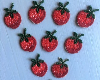 Vintage Strawberries appliques - lot of 10